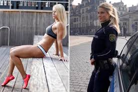 Hot lesbian police womans