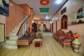 Hotel Rashmi 500m Walk To The Taj Mahal Just Outside Of The 500m Review
