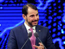 Türkei: Erdogans Schwiegersohn Berat Albayrak tritt als Minister zurück -  DER SPIEGEL