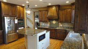 Kitchen Cabinets Stain Cherry Stained Kitchen Cabinets Poplar In The Kitchen