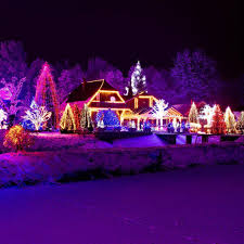 Bright Lights Omaha Ne Make The Season Bright Inside And Out Inspired Living