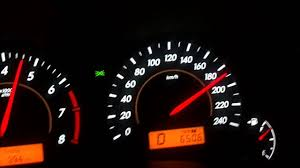 Toyota Altis 1.8G VVT-i Auto 4 Speed Top Speed on Motor way - YouTube