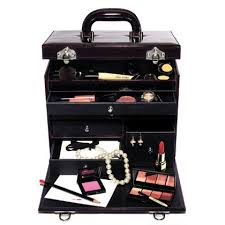 i have been asked by a lot of people including readers makeup artists colleagues et al on what i carry in my professional bridal kit