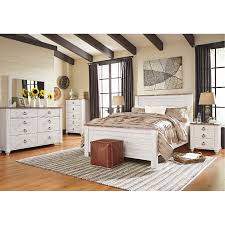 Classic Rustic Whitewashed 4 Piece Queen Bedroom Set - Millhaven ...