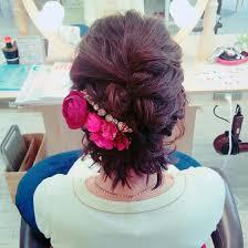 結婚式お呼ばれヘアセット ストレートボブを全体的にふわっとまいて