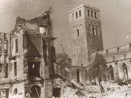 File:St Olaf's church, tallinn, july