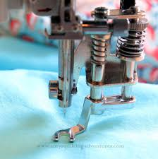 Janome Convertible Free Motion Quilting Foot Set (Low Shank ... & Janome Convertible Free Motion Quilting Foot Set (Low Shank) Adamdwight.com