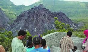 Image result for gambar gunung kelud
