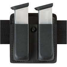Double Magazine Pouch With Handcuff Holder Safariland 100 Double Mag Pouch Open Top SF100 23