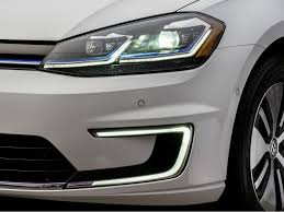 2018 volkswagen e golf range. plain range the egolfu0027s battery gets a boost in capacity for 2017 corresponding with  50 increase driving range volkswagen throughout 2018 volkswagen e golf range
