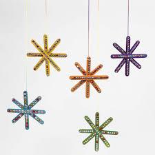 Ein Bunter Stern Aus Farbigen Eisstielen Verziert Mit