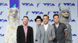 Fall Out Boy There S A Light On In Chicago Inside Fall Out Boys New Philanthropic Campaign Grammy Com