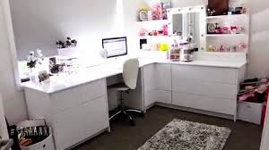 the next room that would be in my dream house a make up i am fascinated
