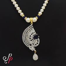 pearl necklace set in stylish blue stone pendant