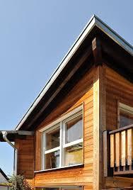 Holzfassade Mit Fenster Architektur Detail Haus Fassade ökologisch