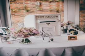 Wedding Gift Table Decorations Sign And Ideas Best 60 Wedding gift tables ideas on Pinterest Wedding favours 42