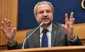 Claudio Borghi (Lega): ''Mi chiedono se sono vaccinato, ma non chiedono ai  gay se hanno l'HIV''