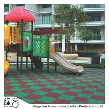 china factory of anti slip outdoor playground rubber flooring drainage bathroom rubber mat pictures
