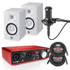 yamaha hs5 pair. focusrite scarlett 2i2 g2, pair of yamaha hs5 white, at2035 mic, and cables hs5