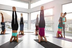what the new york times yoga pants op ed gets wrong about women and group fitness cles