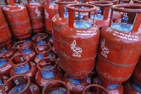 Hindustan Petroleum Dip Chart Hpcl Ltd Results Q3fy19 Hpcl Profit Tumbles But Beats Estimates