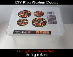 diy kids play kitchen using a plastic tote