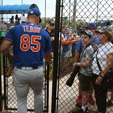 After coming out of retirement to try his hand at converting to tight end for the jacksonville jaguars, the. Tim Tebow Working Out With The Jaguars As A Te Big Cat Country
