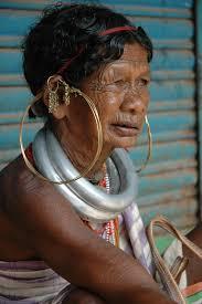 ... que ha compartido el rinconazo Vado Putana en San Pedro de Atacama, Chile, y Laura Medina, por la Cascada Kravice en Bosnia y Herzegovina. - tribu