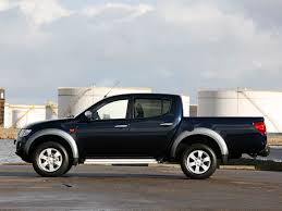 2010 Mitsubishi L200 – pictures, information and specs - Auto ...