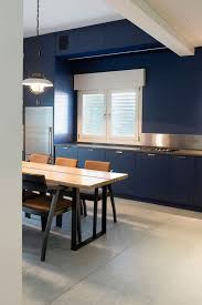 Lovely Bauhaus Apartment Renovated By Raanan Stern Casas, Cocinas Kitchen,  Arquitectura, Hogar, Apartamentos