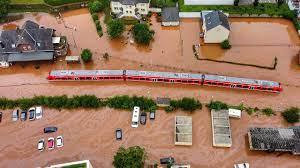 بالفيديو.. فيضانات ألمانيا تودي بحياة ما لا يقل عن 58 شخصاً