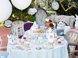 Alice In Wonderland Decorations Alice In Wonderland Theme Party Ideas For A Mad Hatters Tea Party