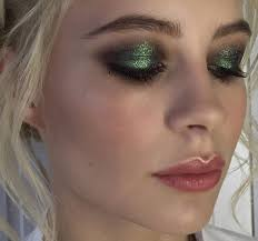 green glitter eyeshadow makeup look makeuplooksglitter glittereyeshadows