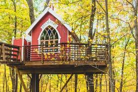 treehouse masters brewery. The Little Red Treehouse In Ohio Is Second Masters Star To Make Our List. It Was First Built As A Brewery And Tasting Center But Now Became An