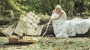 Traumdeutung frau in weißem kleid