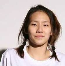 now i love cl but sans makeup she looks what s the word what s the word oh right ugl i mean diffe