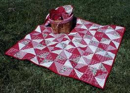 Broken Dishes Picnic Quilt Pattern & Cheery red and white are shown in this picnic quilt. Take it along with a  basket of your favorite foods, and enjoy a picnic! You will receive two  classic ... Adamdwight.com