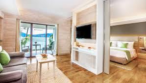 One Bedroom One Bedroom Deluxe Suite Ocean View Amari Phuket