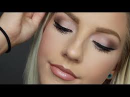 blushed s palette makeup tutorial in this video tutorial i will be showing you how i got this look using the blushed s palette by maybelline which i