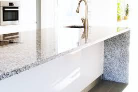 10 reasons to use granite countertops