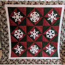 Quilt Patterns   Over 700 Free Quilt Patterns Available & Snowfall Quilt Pattern (PQ11469) Adamdwight.com