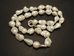 long large freshwater baroque pearl necklace 02823 jpg