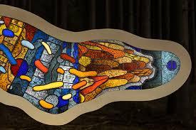 thomas medicus amoeba stained glass sculpture designboom 03