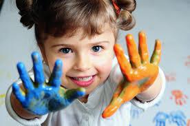 Resultado de imagem para criança de três anos
