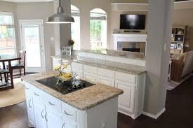 benjamin moore kitchen cabinet paintRed Oak Wood Autumn Yardley Door Benjamin Moore Kitchen Cabinet