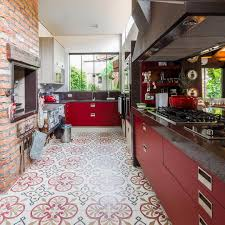 Red Floor Tiles Kitchen Kitchen Tile Ideas To Brighten Up Your Kitchen Buungicom