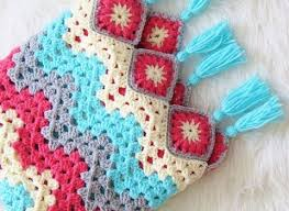 Ripple Afghan Patterns Gorgeous Easy To Work Granny Ripple Afghan That Brings Spring Right Into Your