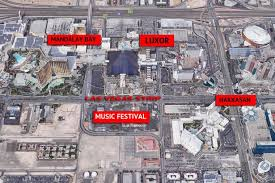 「2017 – mass shooting on a country music festival at the Las Vegas Strip」の画像検索結果