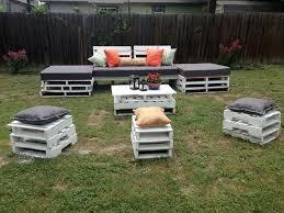 white pallet garden furniture