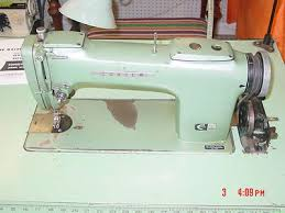 Consew 220 Industrial Sewing Machine